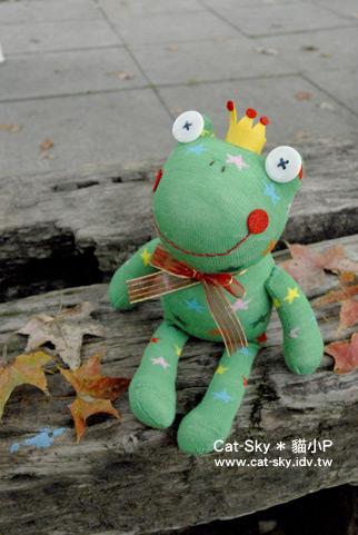 *偽裝成聖誕樹的青蛙王子