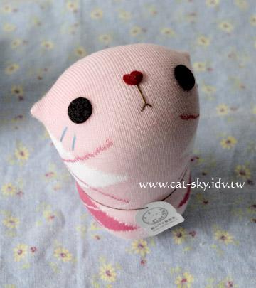呆呆貓-草莓冰淇步 (草莓冰淇淋的妹妹)