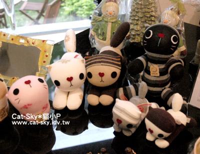 明樓生活-貓小P的手工貓咪襪子娃娃上架嘍!