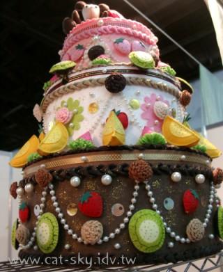 大家都很想咬一口的大蛋糕!